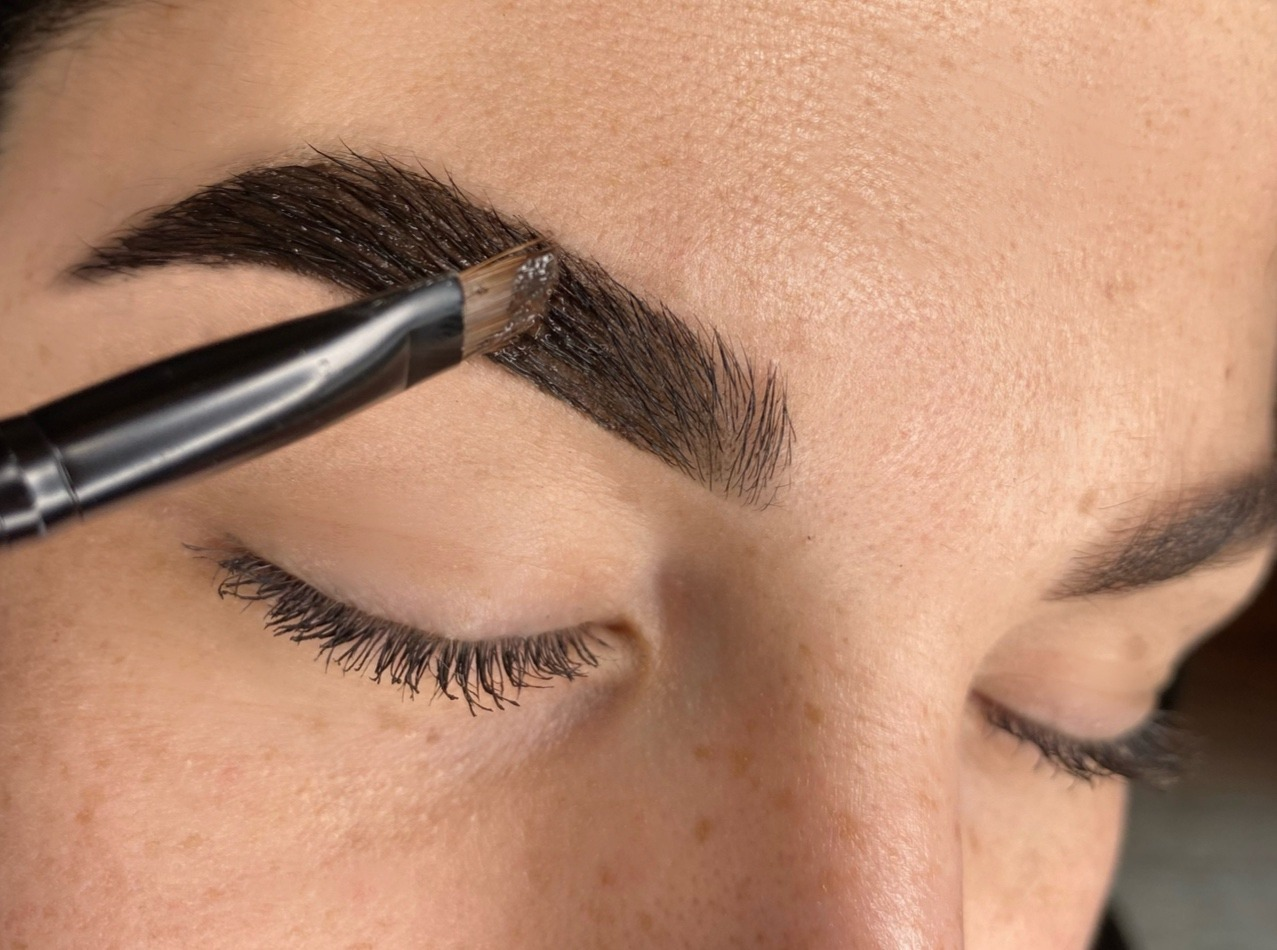 chrissies brow boutique tinting